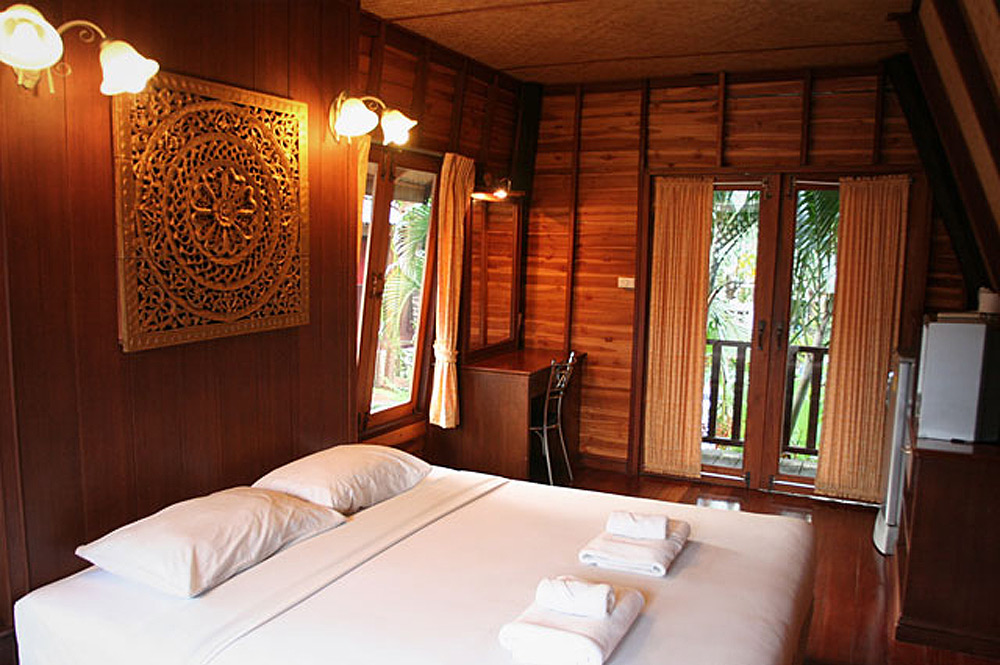 The Hut Chaba Hut Resort Pattaya
